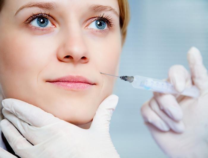تزریق بوتاکس چقدر طول میکشد؟ آیا تزریق بوتاکس درد دارد