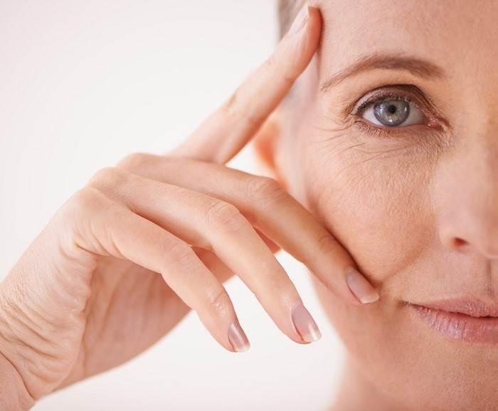 چرا ناحیه زیر چشم مورد درمان قرار میگیرد